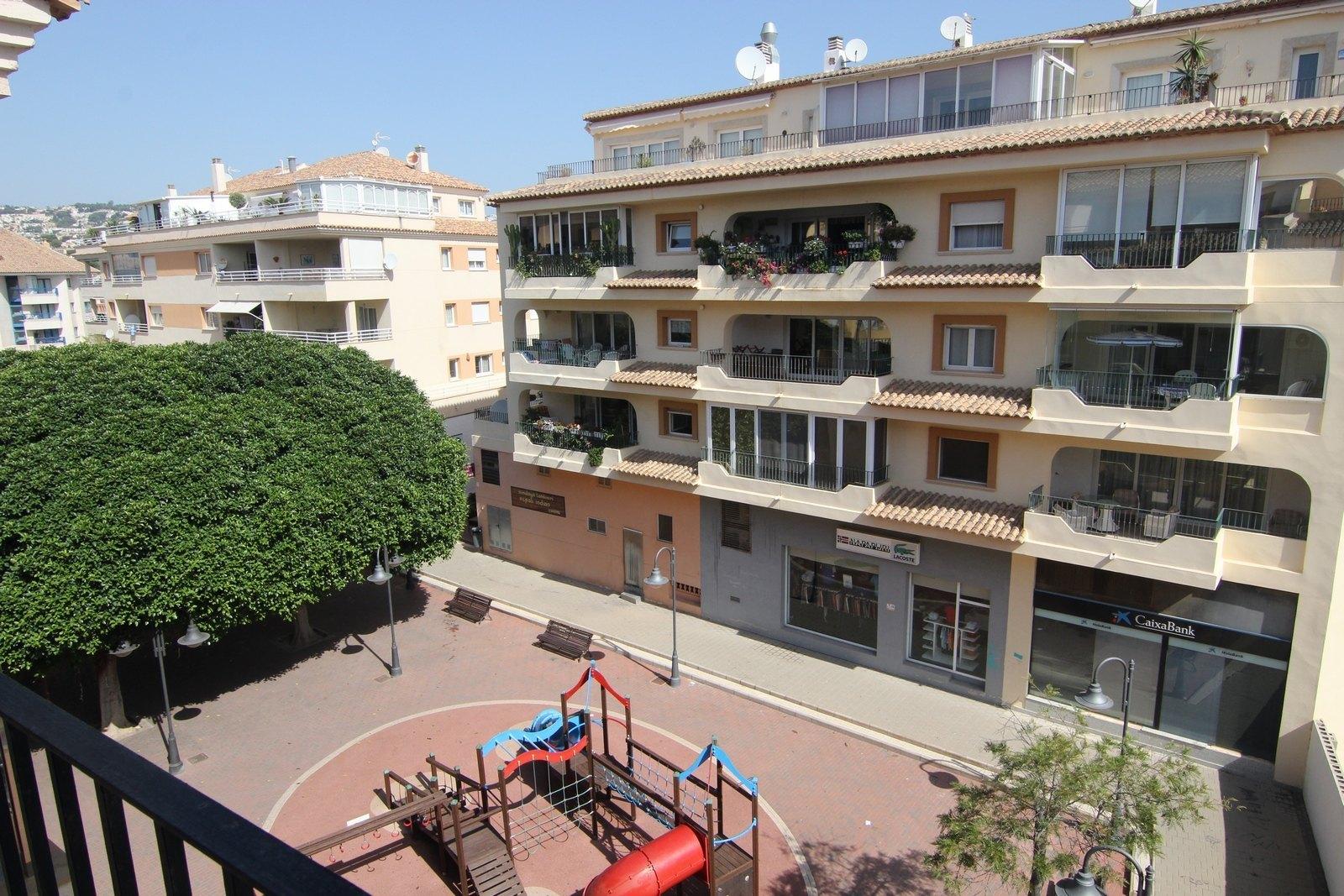 Moderno apartamento a la venta en el centro de Moraira.
